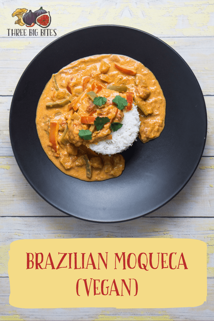 This international recipe for Brazilian-inspired moqueca is tweaked to be vegetarian (and coincidentally vegan). || world-inspired recipes | Brazilian recipes | vegetarian main dishes || #vegetarianfood #vegandinner #Brazilianfood